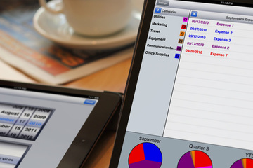 gExpenses: Mobile expense tracking, collaboration, business intelligence